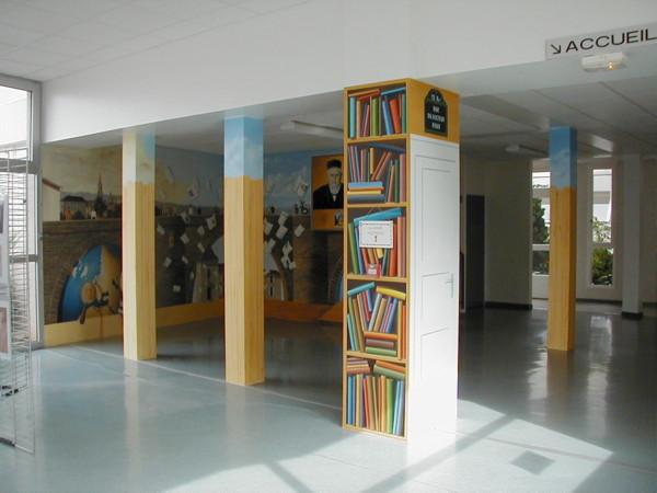 """Fresque """"Hommage au chercheur Emile Roux, Lycée Départemental, Confolens 16"""